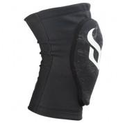 Защитные наколенники DEMON Knee Guard Soft Cap Pro 17-18